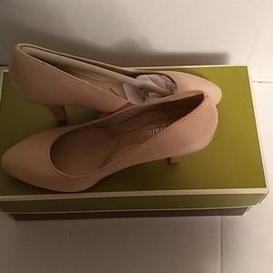 Ladies Naturalizer Clava Shoes